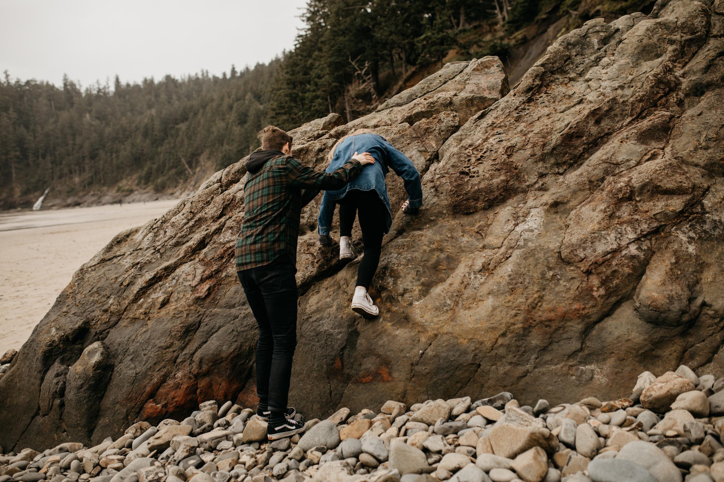 oswald-state-park-oregon-coast-engagement-photographer004.jpg