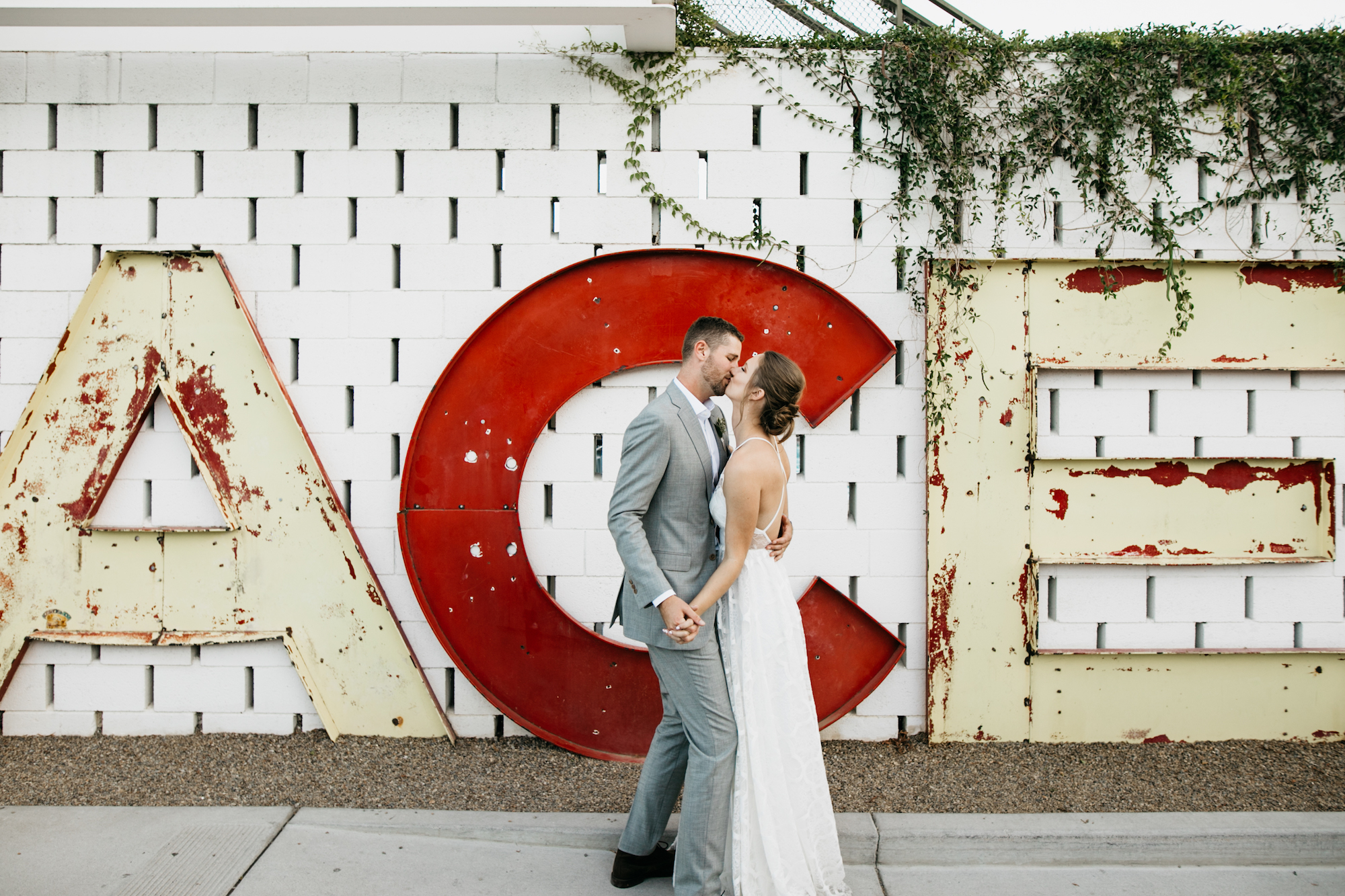 ace-hotel-palm-springs-wedding-photographer639.jpg