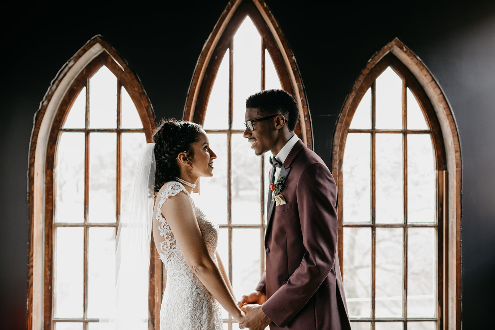 portland - wedding - photographer - doorofhopechurch212.jpg