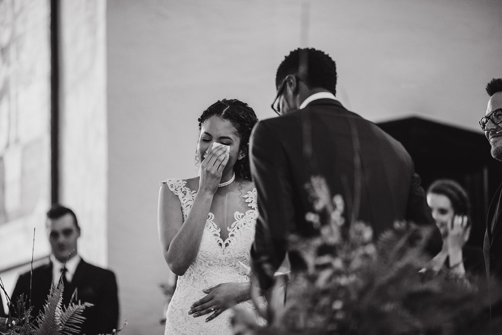 portland - wedding - photographer - doorofhopechurch489.jpg