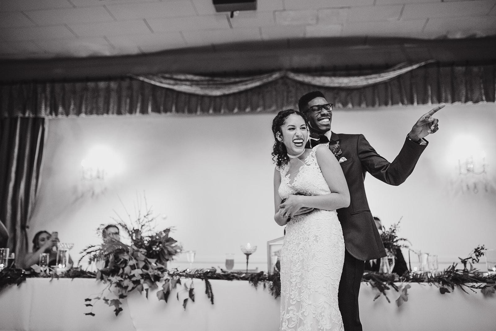 portland - wedding - photographer - doorofhopechurch596.jpg