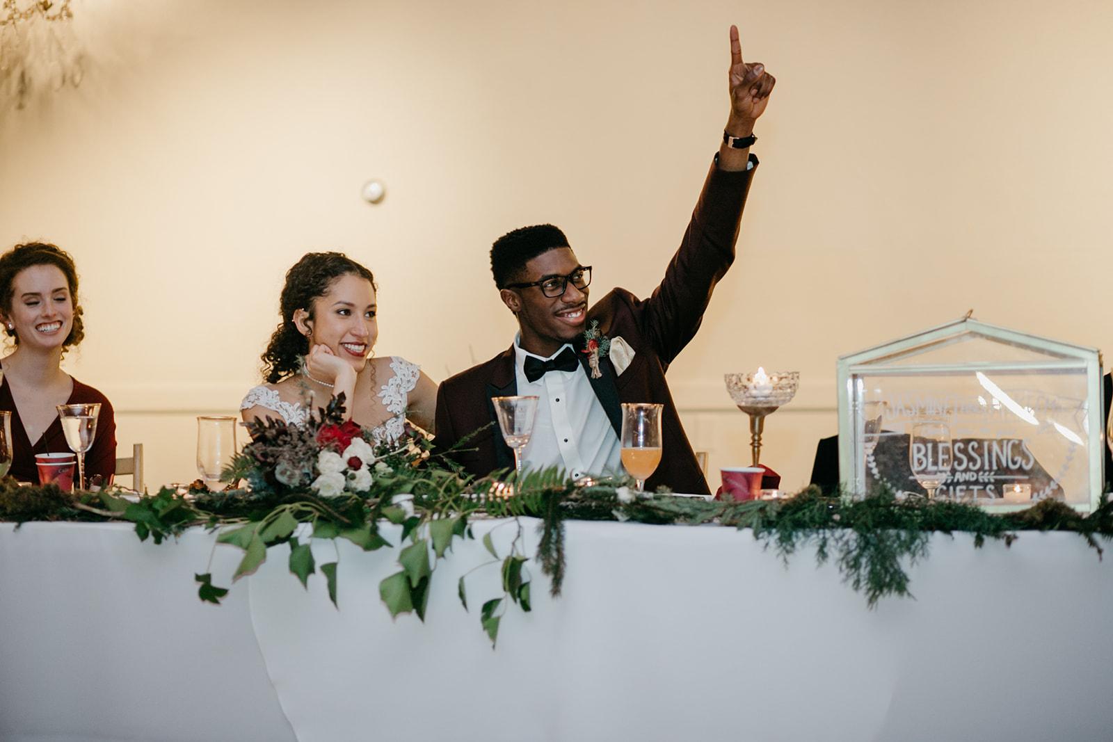 portland - wedding - photographer - doorofhopechurch657.jpg