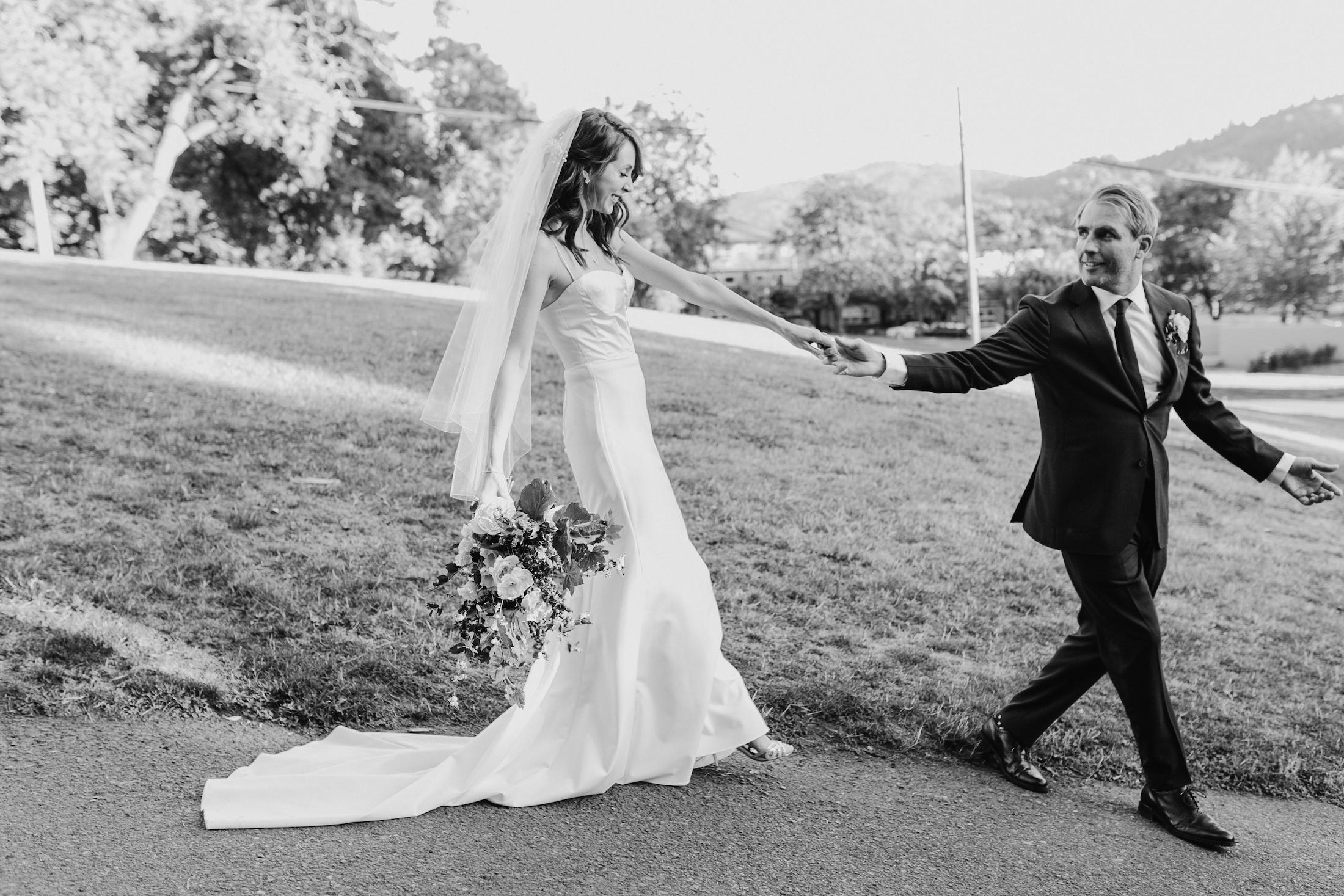cathedral-park-portland-wedding-photographer-baker-building-wedding521.jpg