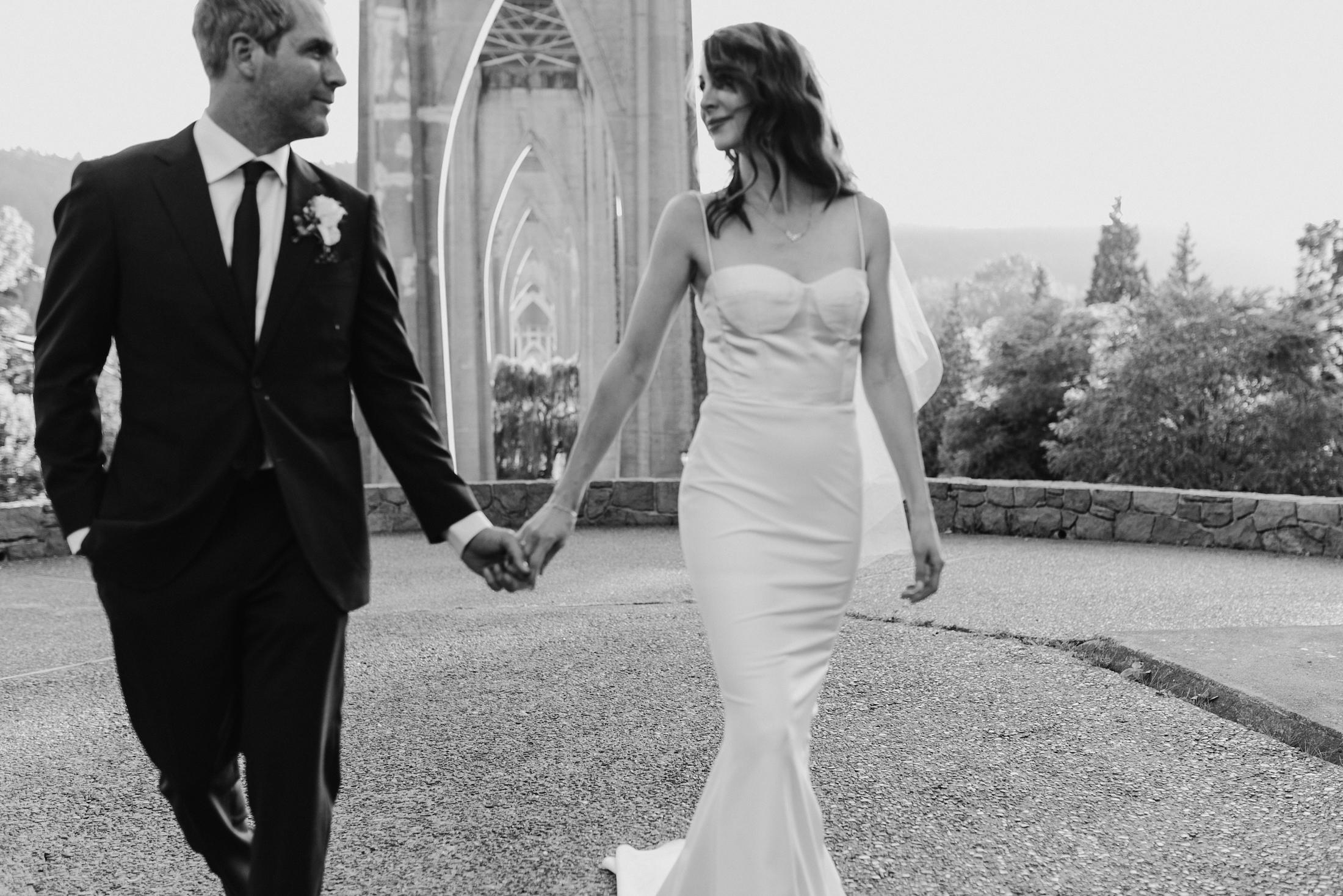 cathedral-park-portland-wedding-photographer-baker-building-wedding574.jpg