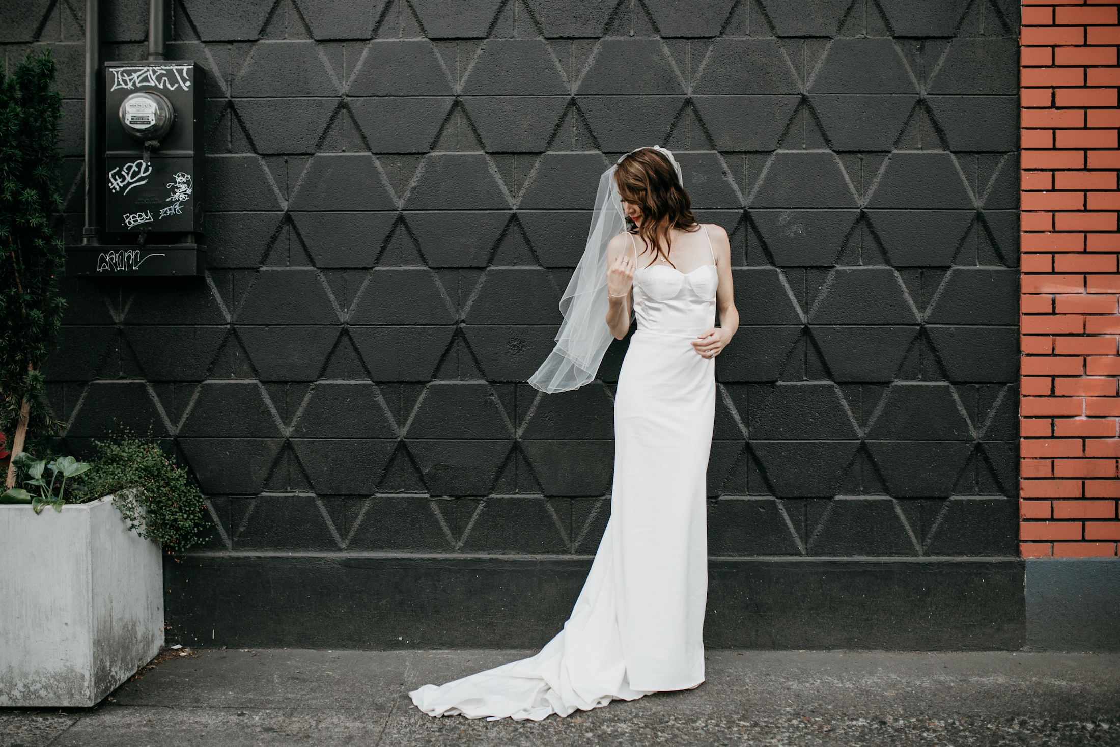cathedral-park-portland-wedding-photographer-baker-building-wedding622.jpg