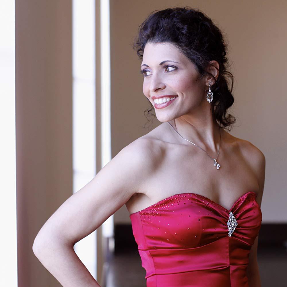 Geeta Novotny, Mezzo Soprano