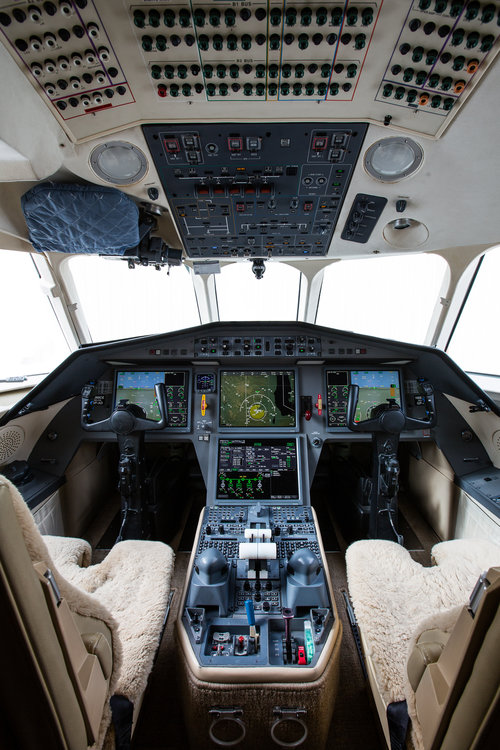 Cerretani_falcon_N888CE_Interior_LR_+(27+of+32).jpg