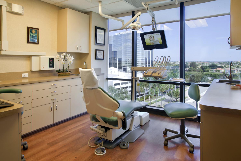 Orthodontist_office