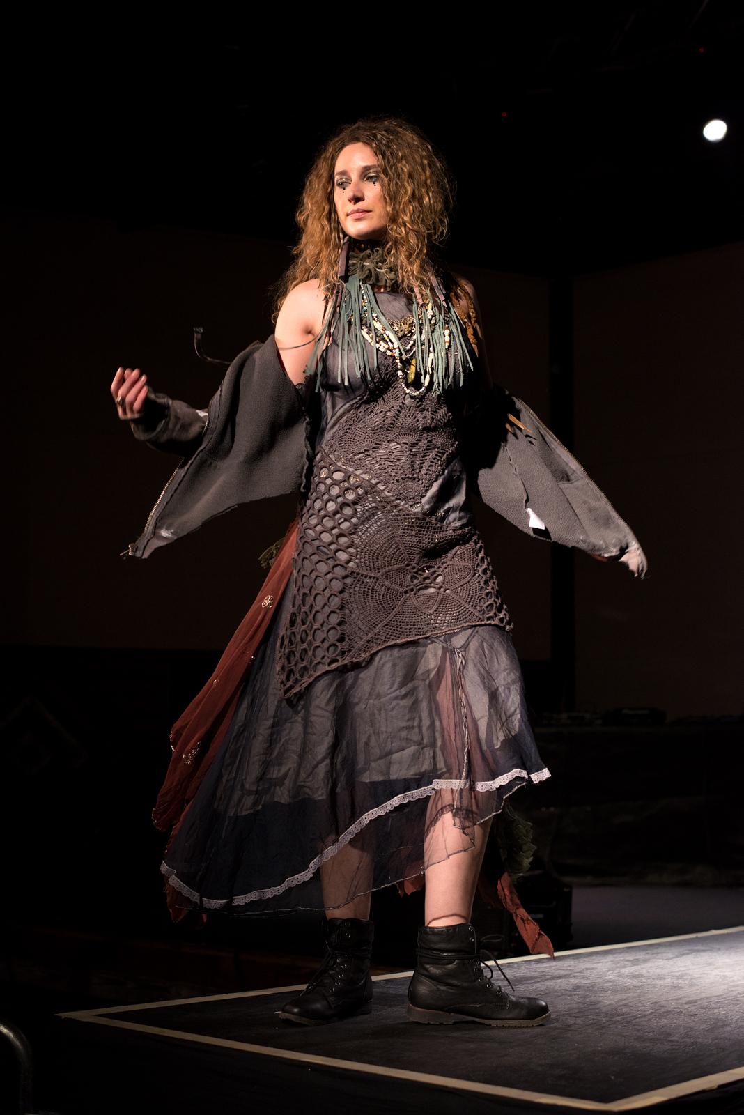 model: Jacquelyn Shook
