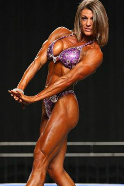 Tracy Weller IFBB PRO PHYSIQUE