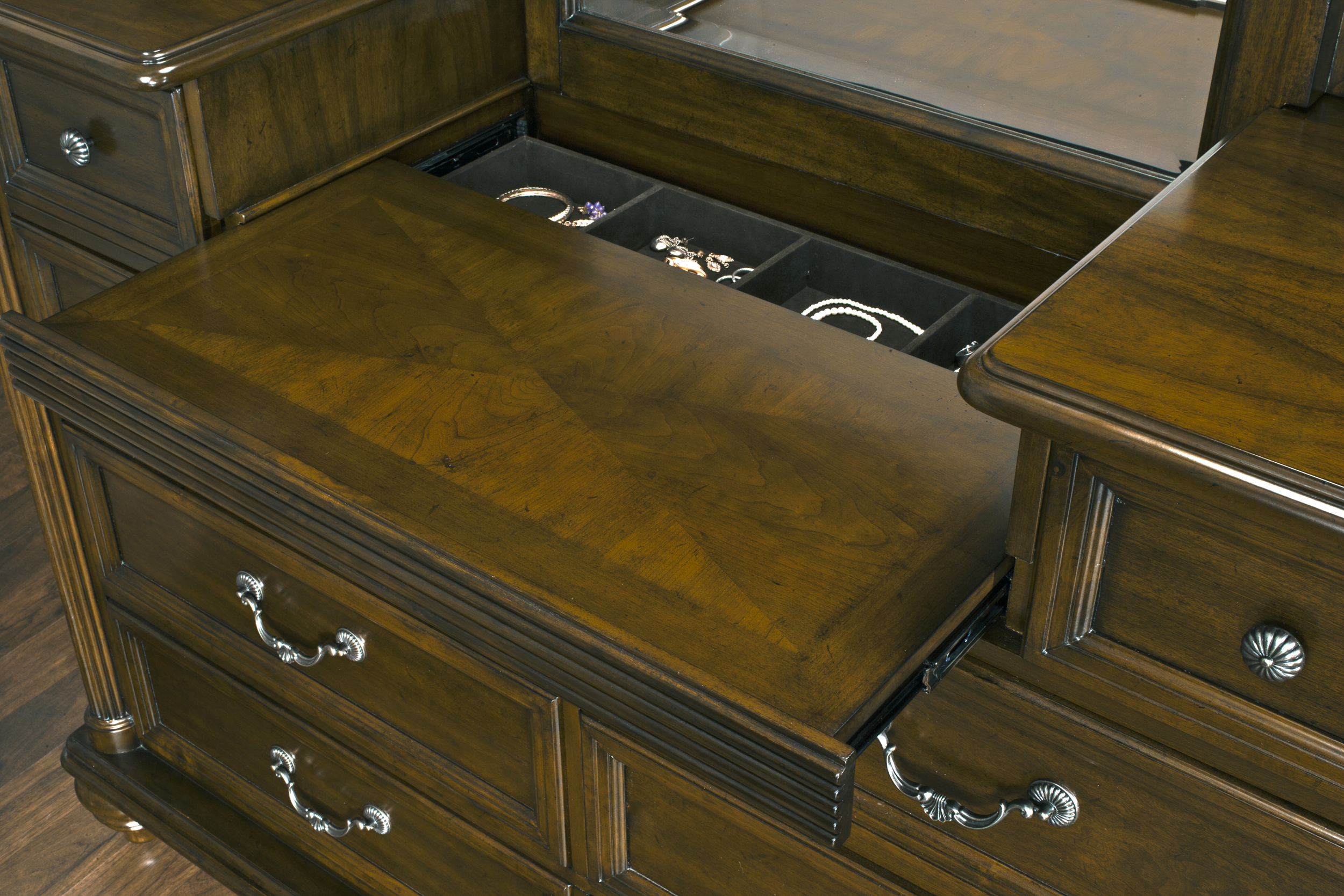 Dresser has hidden compartment for jewelry