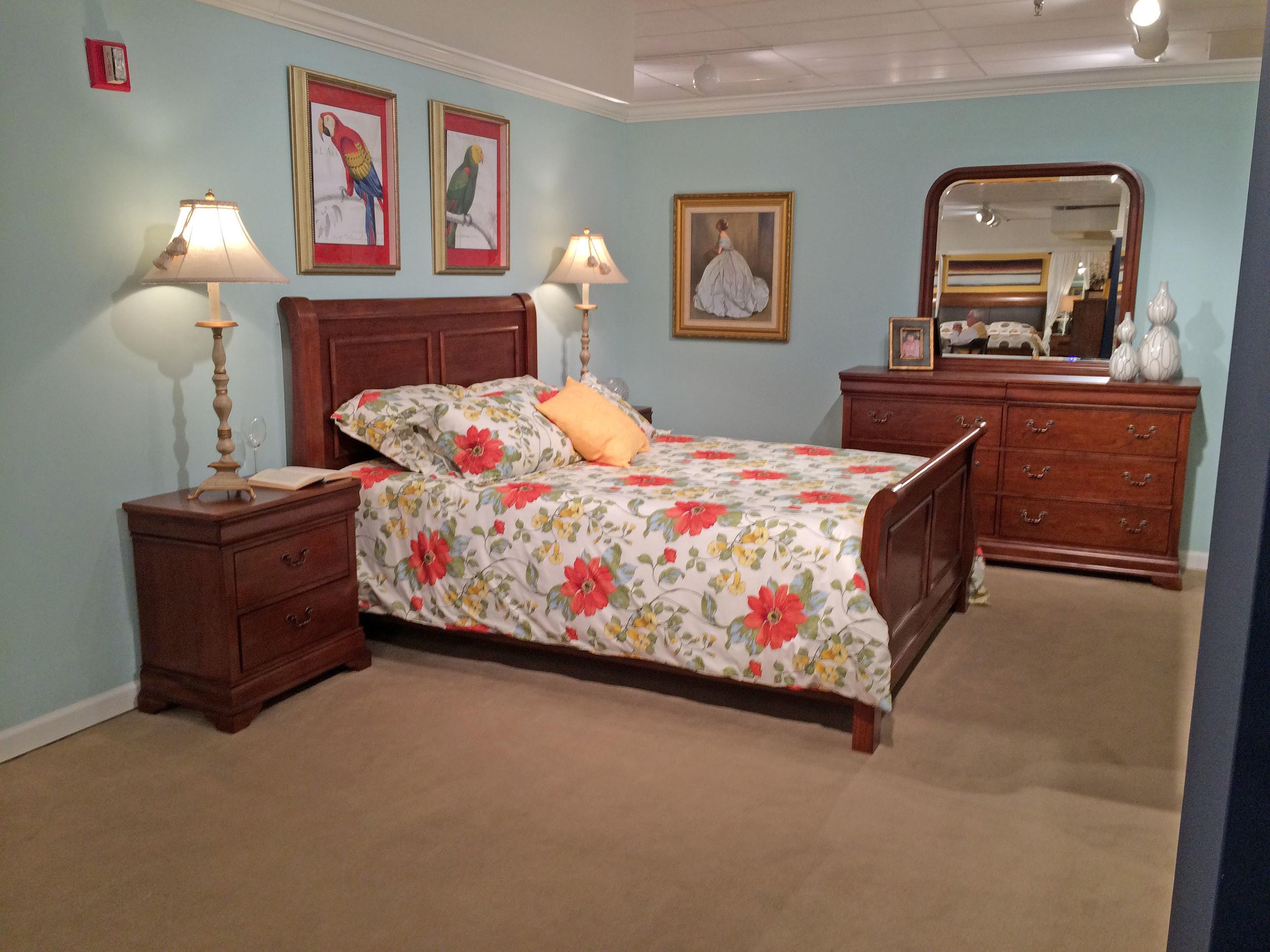 bed dresser ns.jpg