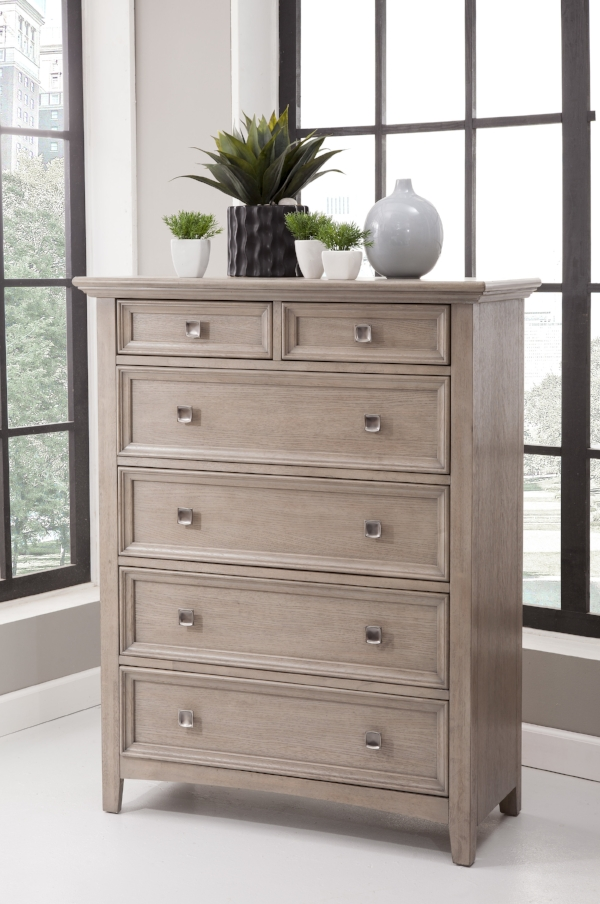 Six drawer chest