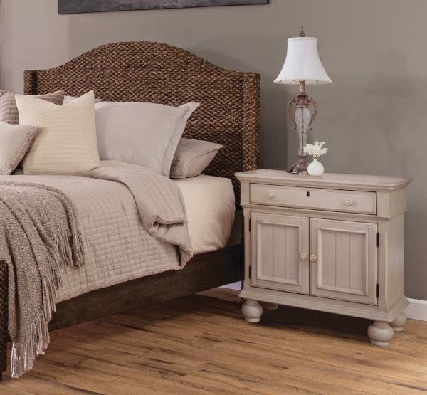 Seaside Bed with 3710 Nightstand