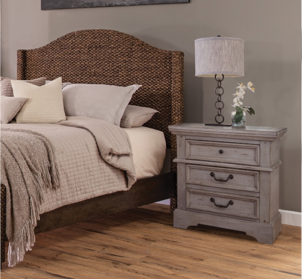 Seaside Bed with 7820 Nightstand