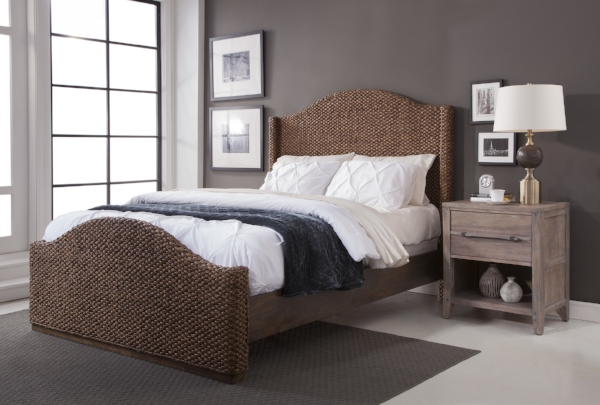 Seaside Bed with 2800 Nightstand