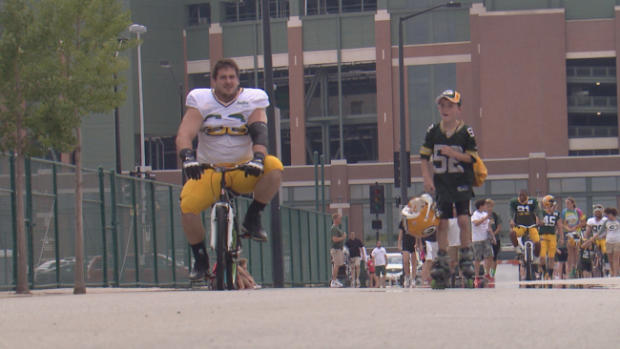 Why a Packers Player Bought a Bike for a 10 Year Old    August 27, 2014