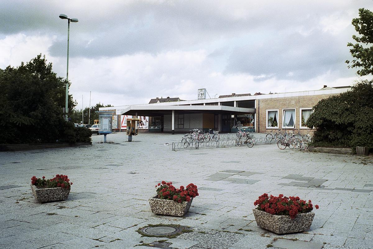 Bahnhofsvorplatz_Elmshorn.jpg