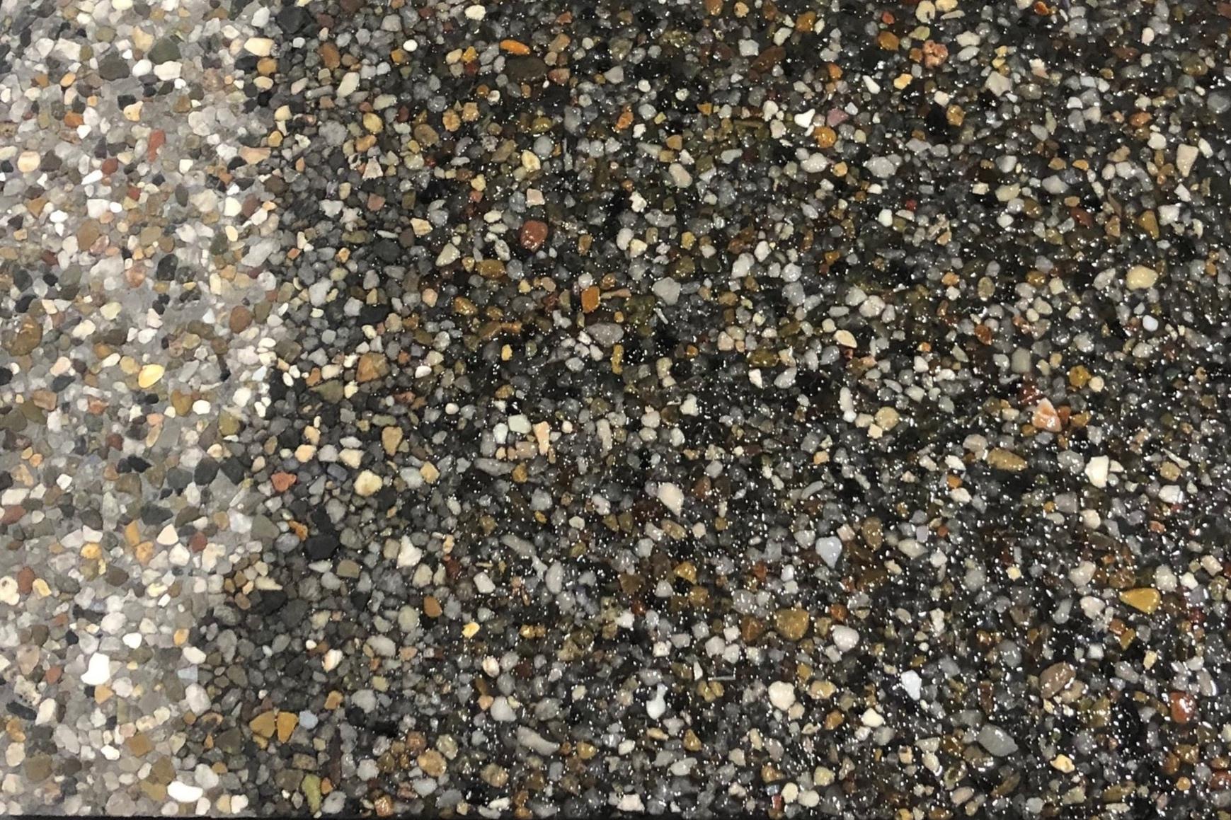 Black - Mini Pebble -