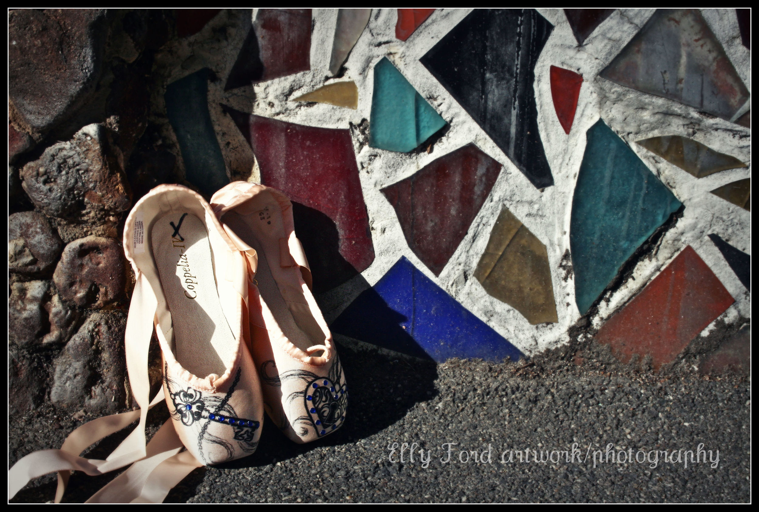 The next morning a few of the shoes decided to compete for who could find the most colourful backdrop...