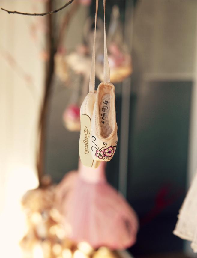 Mini Blossom Pointe Shoes