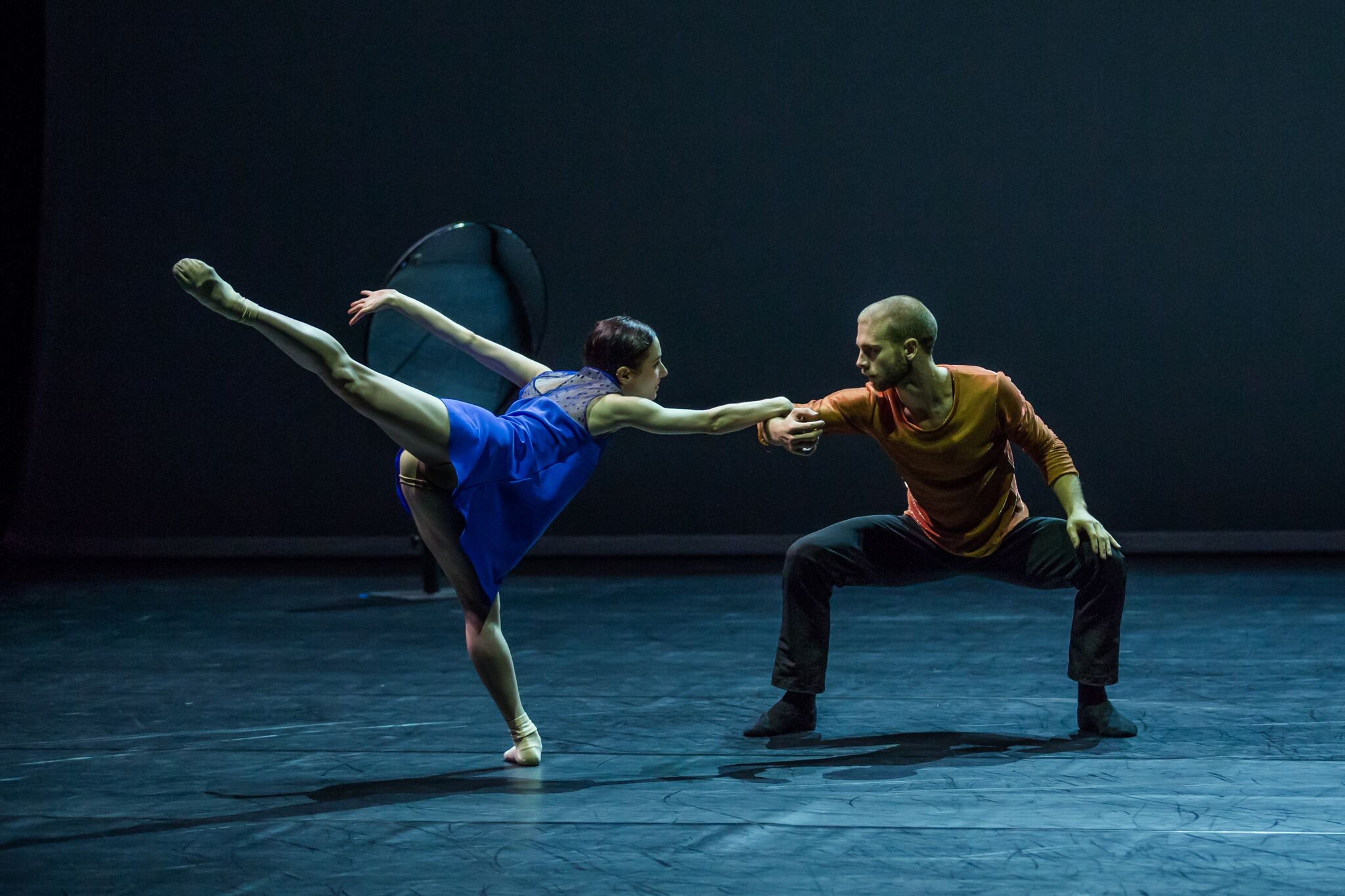 Jesse featuring in Sydney Dance Company's Quintett. Photography: Peter Greig