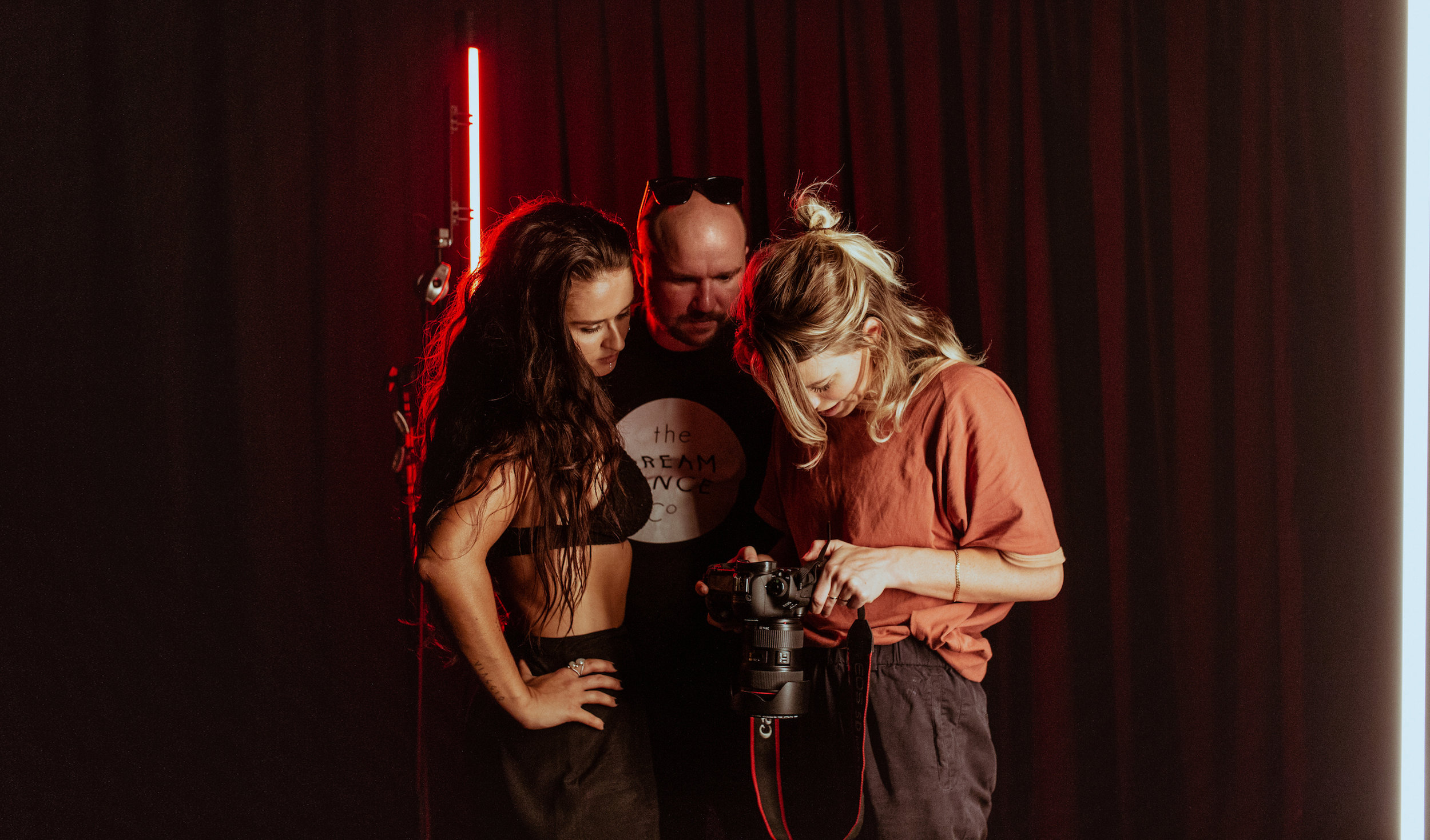 Caetlyn Watson and Marko Panzic behind the scenes of the GODDESS cast shoot with photographer Jacqueline Mitchell. Photography: Elly Ford.
