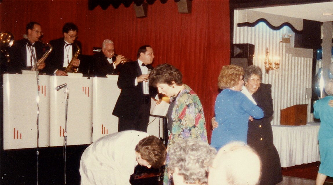Palumbo's (1983)