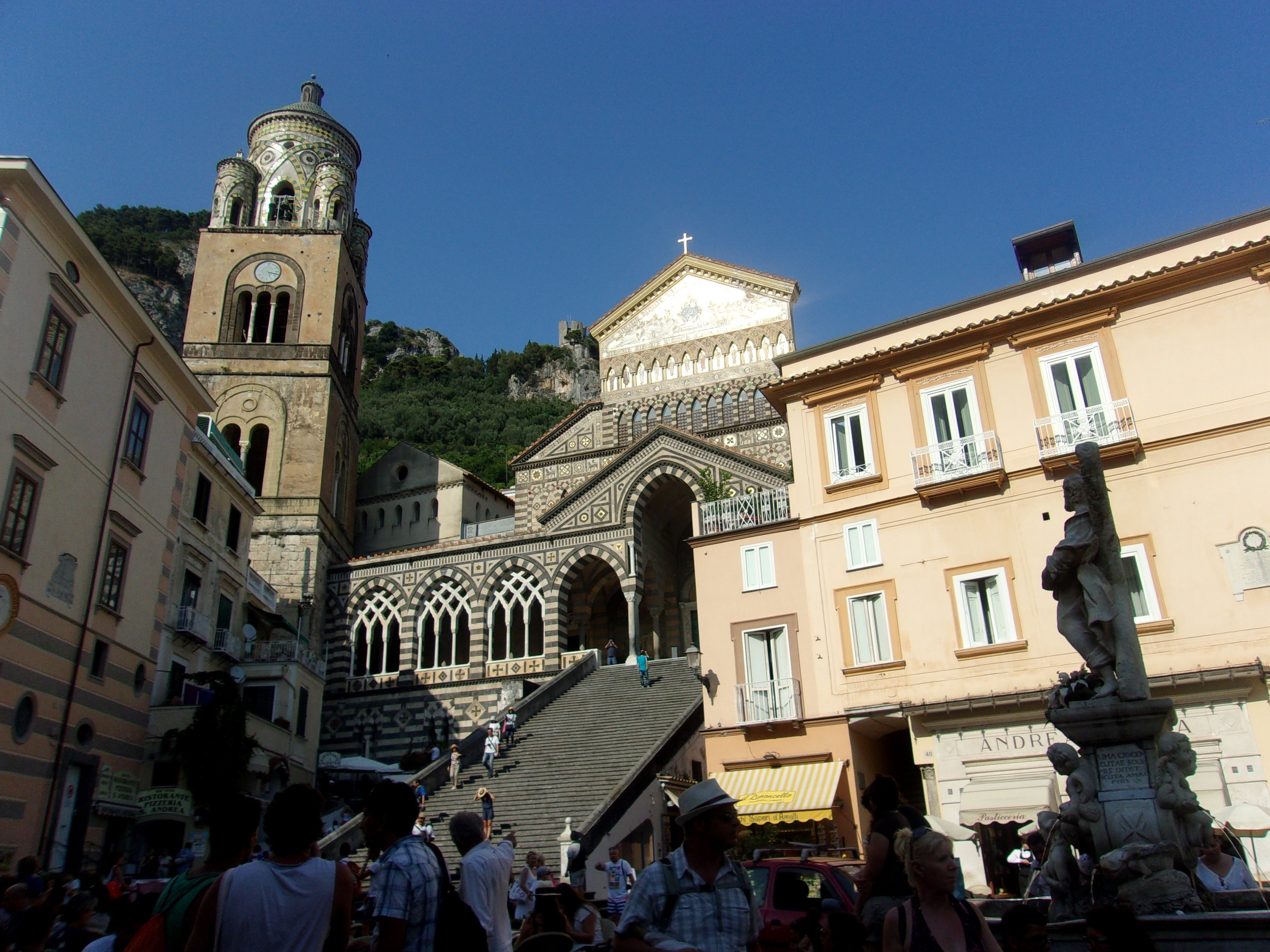 41 Amalfi Church Italy 2015.jpg