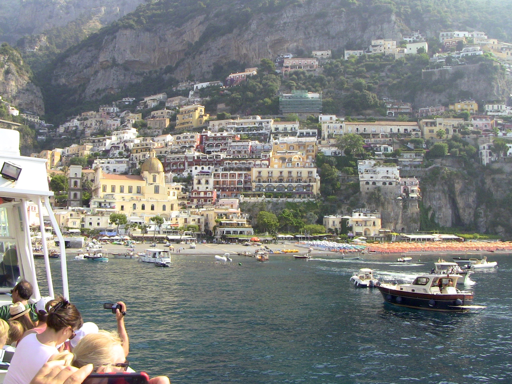44 Positano View from the sea Italy 2015.jpg