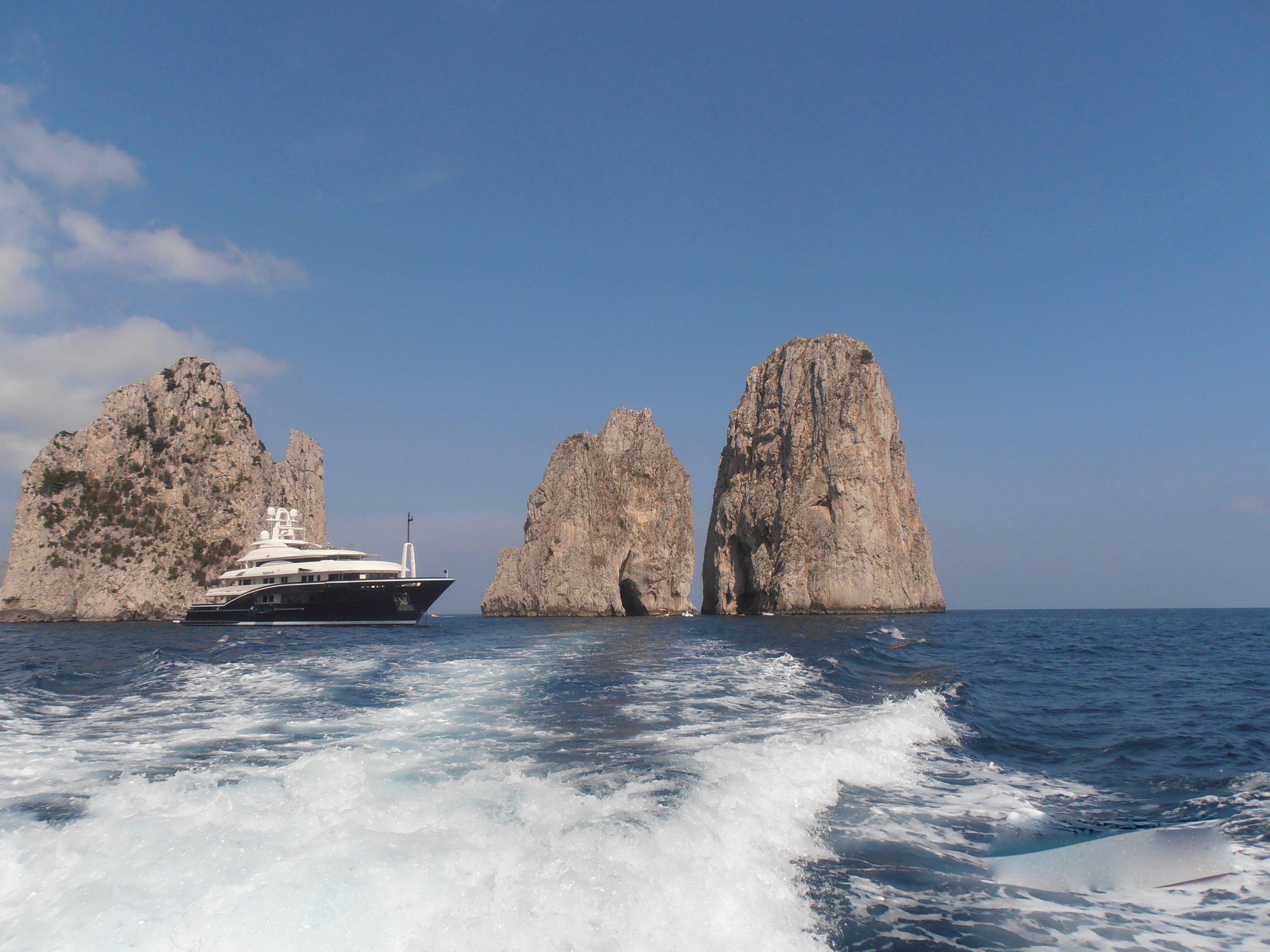 49 Boat Tour Capri Italy 2015.jpg
