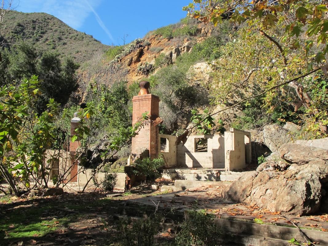 Malibu-ruins.jpg