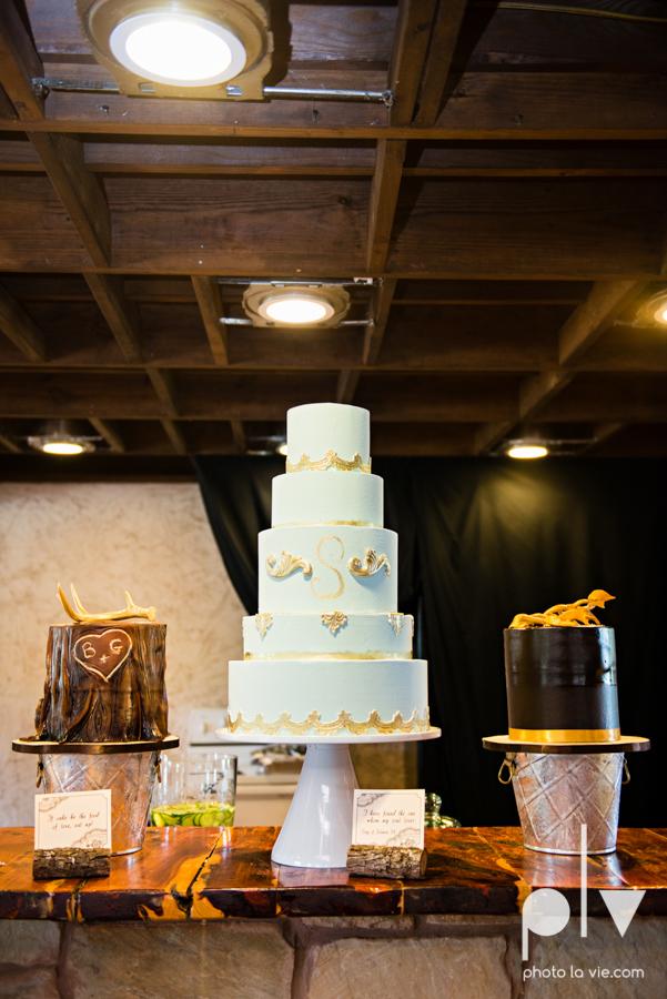 Brittany Garrett Simmons Wedding Weatherford Lucia Bitnar Foster Blue barn rustic blue dessert Sarah Whittaker Photo La Vie-12.JPG