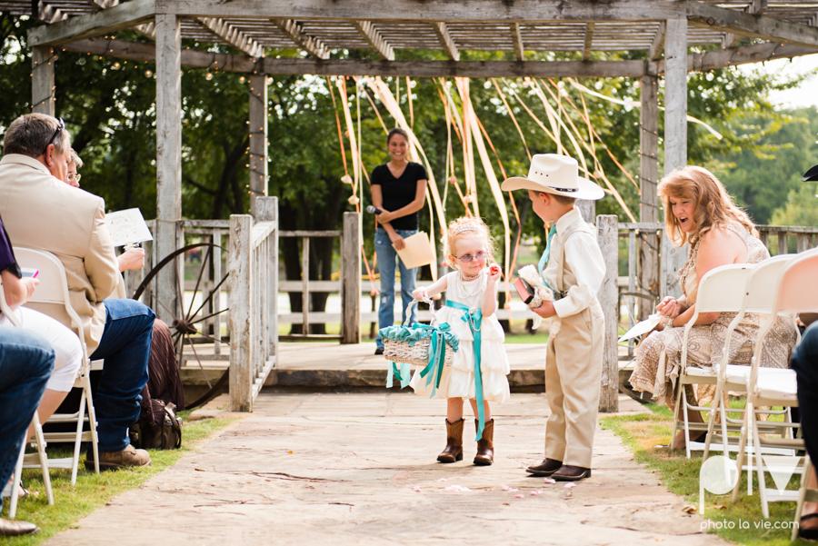 Brittany Garrett Simmons Wedding Weatherford Lucia Bitnar Foster Blue barn rustic blue dessert Sarah Whittaker Photo La Vie-23.JPG