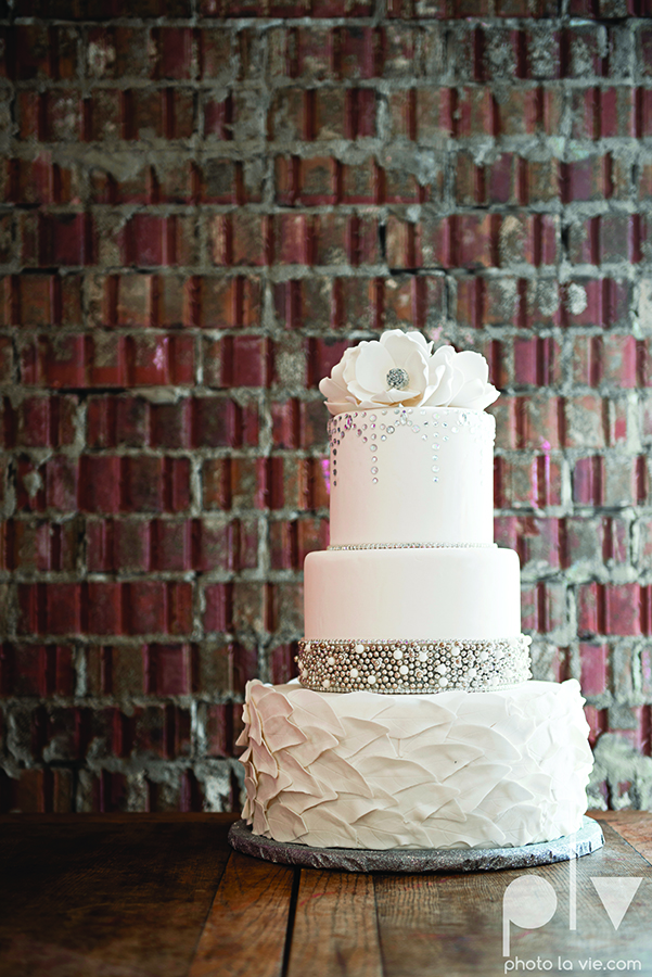 White Wedding Cake silver flowers leaves texture stones Creme de la Creme Photo La Vie copy.jpg