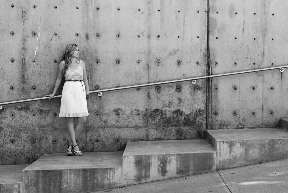 SamanthaGraduation_Framed_Photography_Graduation_UTA_announcements_SarahWhittaker_Dallas_Photo Shoot_ Session_Wylie Theatre_Clyde Warren Park-6.JPG