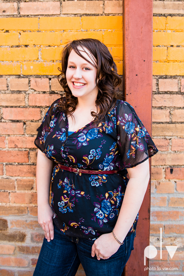 Dainty Dahlias Wedding Event Planner Team Brittany Simmons Katie Lane DFW Stockyards urban color wall brick party headshot Sarah Whittaker Photo La Vie-4.JPG