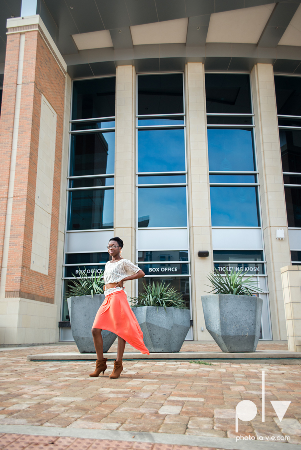 Nyeisha Graduation Portrait Session coral cap gown campus UTA texas Photo La Vie by Sarah Whittaker-2.JPG