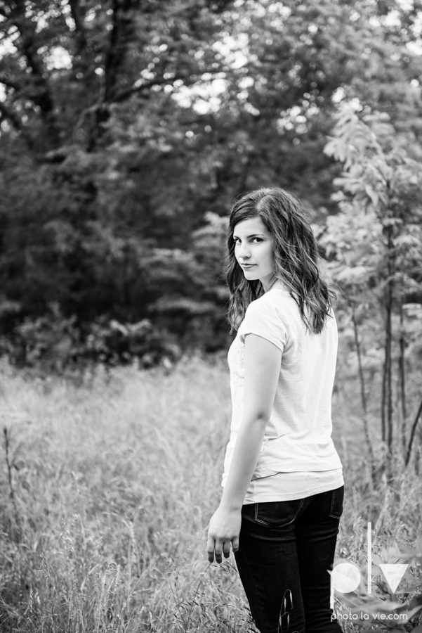 Senior Portrait session karah Woods Chapel vintage white girl texas Oliver Park nature field tree log pond worship sing Sarah Whittaker Photo La Vie-12.JPG