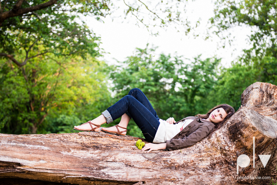 Senior Portrait session karah Woods Chapel vintage white girl texas Oliver Park nature field tree log pond worship sing Sarah Whittaker Photo La Vie-11.JPG
