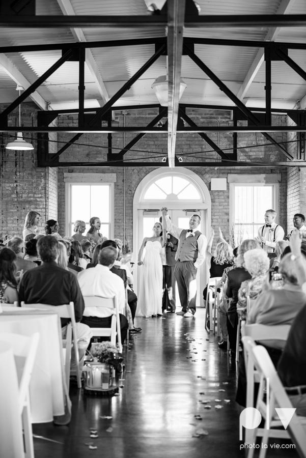 Ashley JD Wedding Filter Building Dallas summer July pink architecture Sarah Whittaker Photo La Vie-50.JPG
