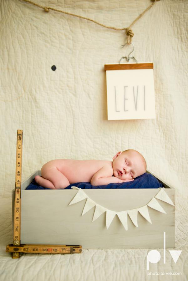 Levi newborn boy basket box chair superhero vintage blanket Sarah Whittaker Photo La Vie-6.JPG