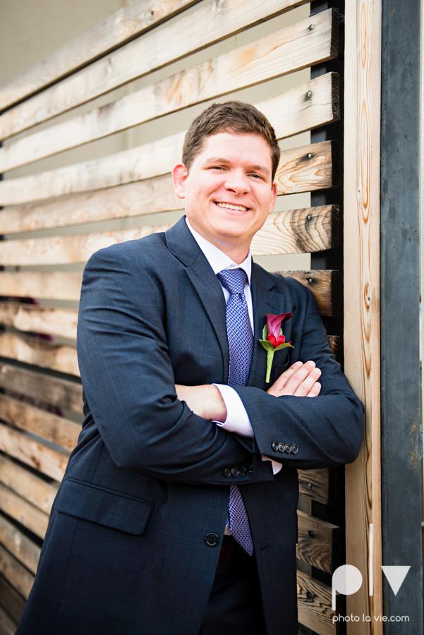 Ft Worth Wedding DFW photography 809 Vickery creme cake bridal sequin navy raspberry architecture gown modern industrial food truck Sarah Whittaker Photo La Vie-16.JPG