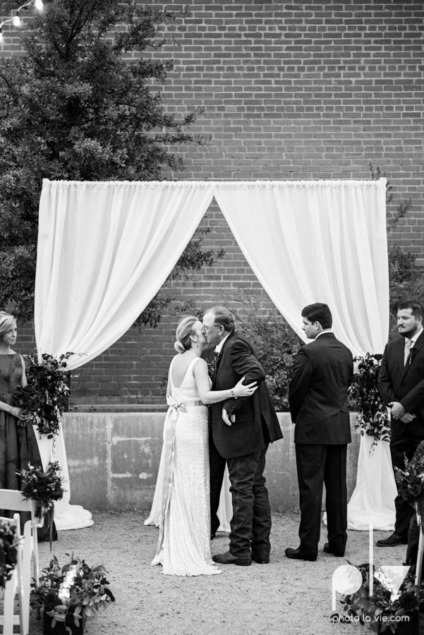 Ft Worth Wedding DFW photography 809 Vickery creme cake bridal sequin navy raspberry architecture gown modern industrial food truck Sarah Whittaker Photo La Vie-35.JPG