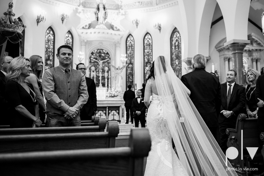 Fort Worth DFW Wedding photography downtown St Patricks Cathedral Ettas Place The Reata Rooftop Lip Service Creme de le Creme lace gold Sarah Whittaker Photo La Vie-22.JPG