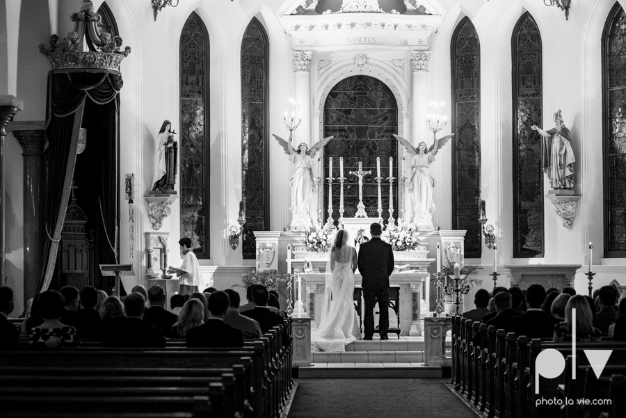 Fort Worth DFW Wedding photography downtown St Patricks Cathedral Ettas Place The Reata Rooftop Lip Service Creme de le Creme lace gold Sarah Whittaker Photo La Vie-33.JPG