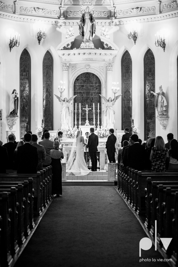Fort Worth DFW Wedding photography downtown St Patricks Cathedral Ettas Place The Reata Rooftop Lip Service Creme de le Creme lace gold Sarah Whittaker Photo La Vie-39.JPG