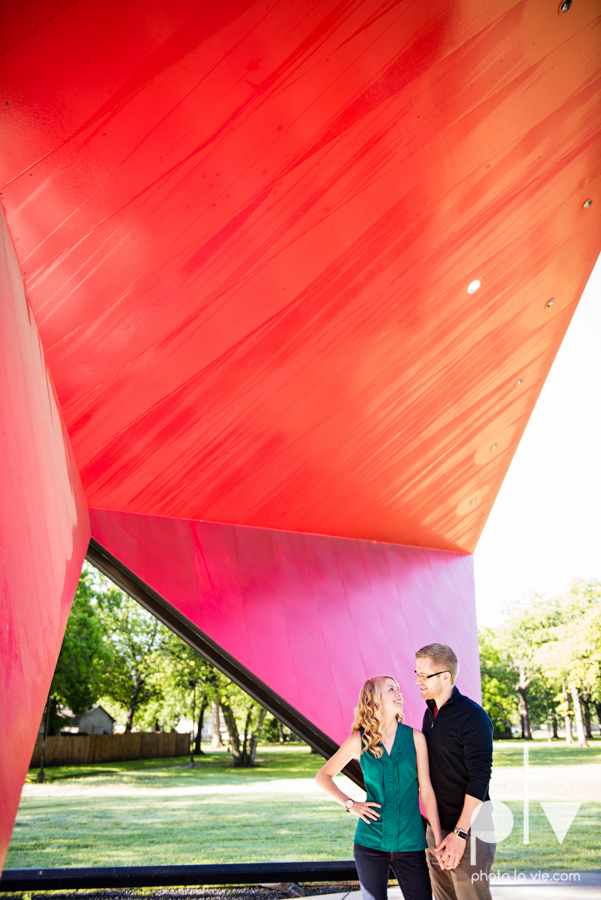 Allison JT wedding engagement session Dallas Texas Tx opportunity park pavilion architecture spring summer outside outdoors trees green modern Sarah Whittaker Photo La Vie-1.JPG