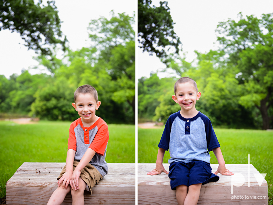 Twin Boys family Mini session spring Oliver Nature Park Mansfield TX DFW Sarah Whittaker Photo La Vie-2.JPG