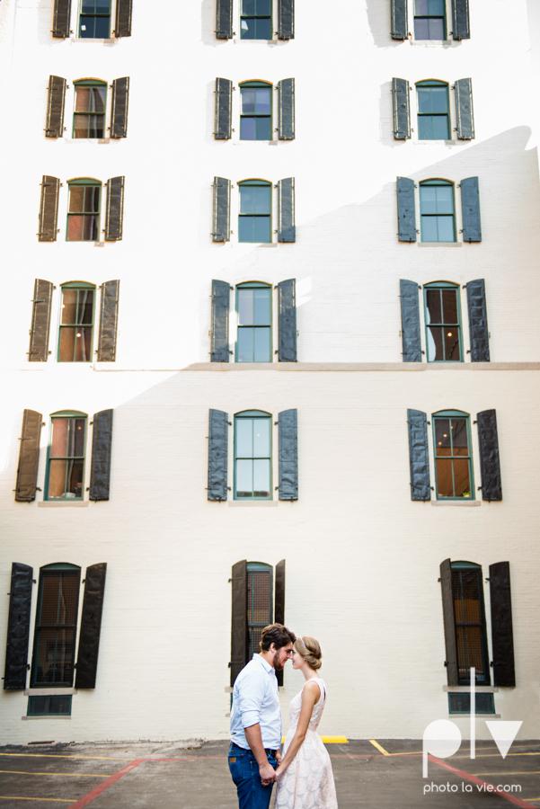 Demi Keith engagement photo session downtown Dallas Texas White Rock Lake summer architecture urban historic trees pier dock modern Sarah Whittaker Photo La Vie-9.JPG